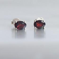 Granaat oorstekers zilver 925 (model S7-013)