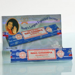 Nag champa wierook 12 x 15 gram
