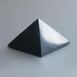 Shungite piramide