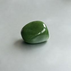 Groene Jade knuffelsteen 04