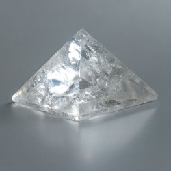 Bergkristal edelsteen piramide 09 (55 mm)