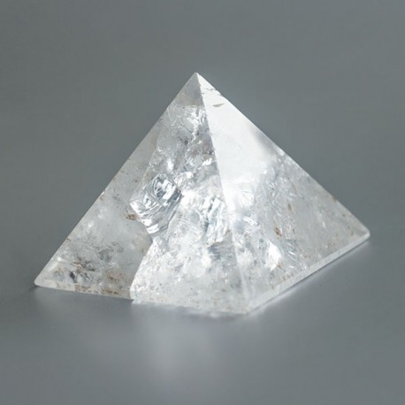 Bergkristal edelsteen piramide 10 (50 mm)