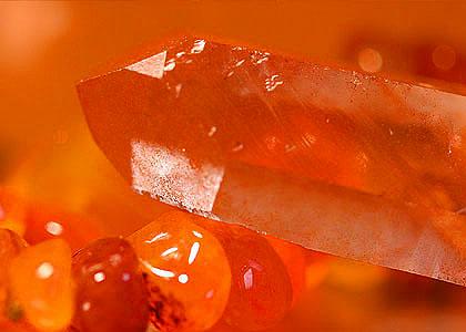 oranje edelstenen en kristalen